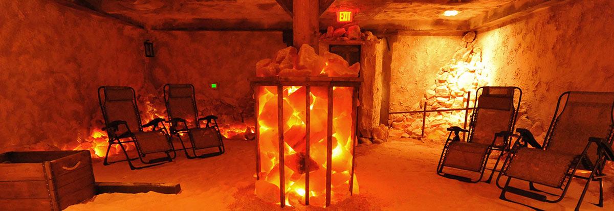 Himalayan salt lamp Cave